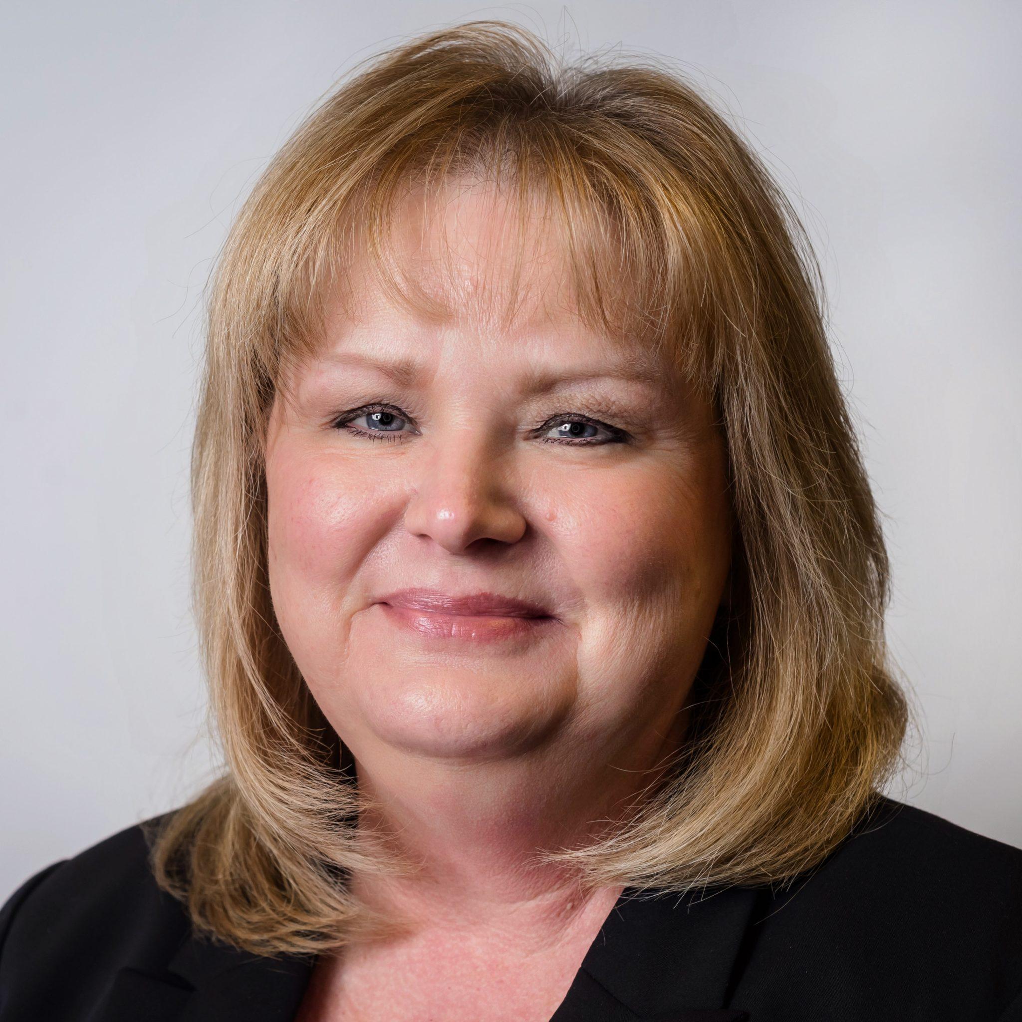 Debbie Farris